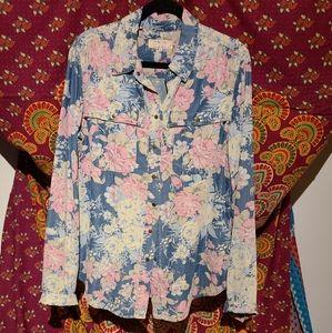 GUESS Jeans Floral Demin Button Down Shirt